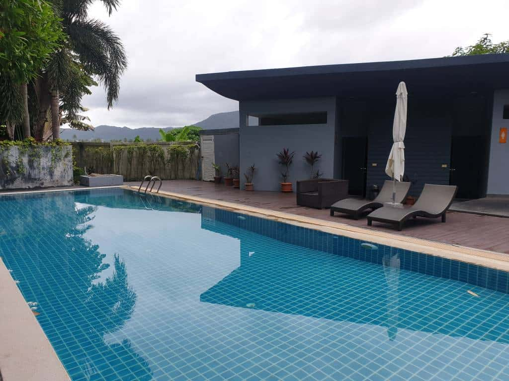Freehold 1 bedroom condominium in Patong