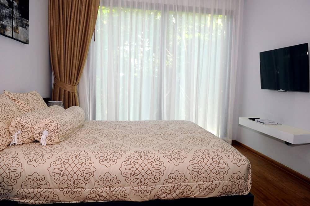 Emerald-Terrace-Condominium-For-Sale-PPG1